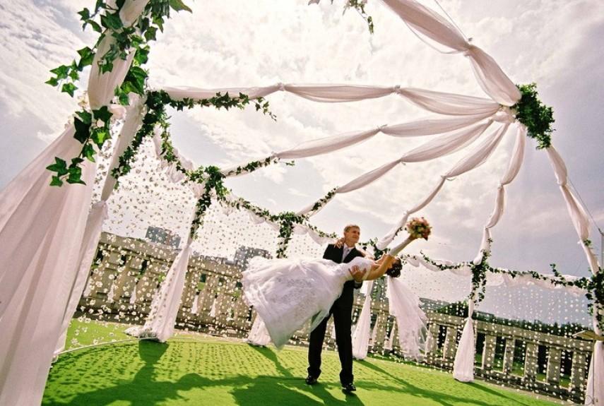 Свадьба на природе загородом в ресторанах